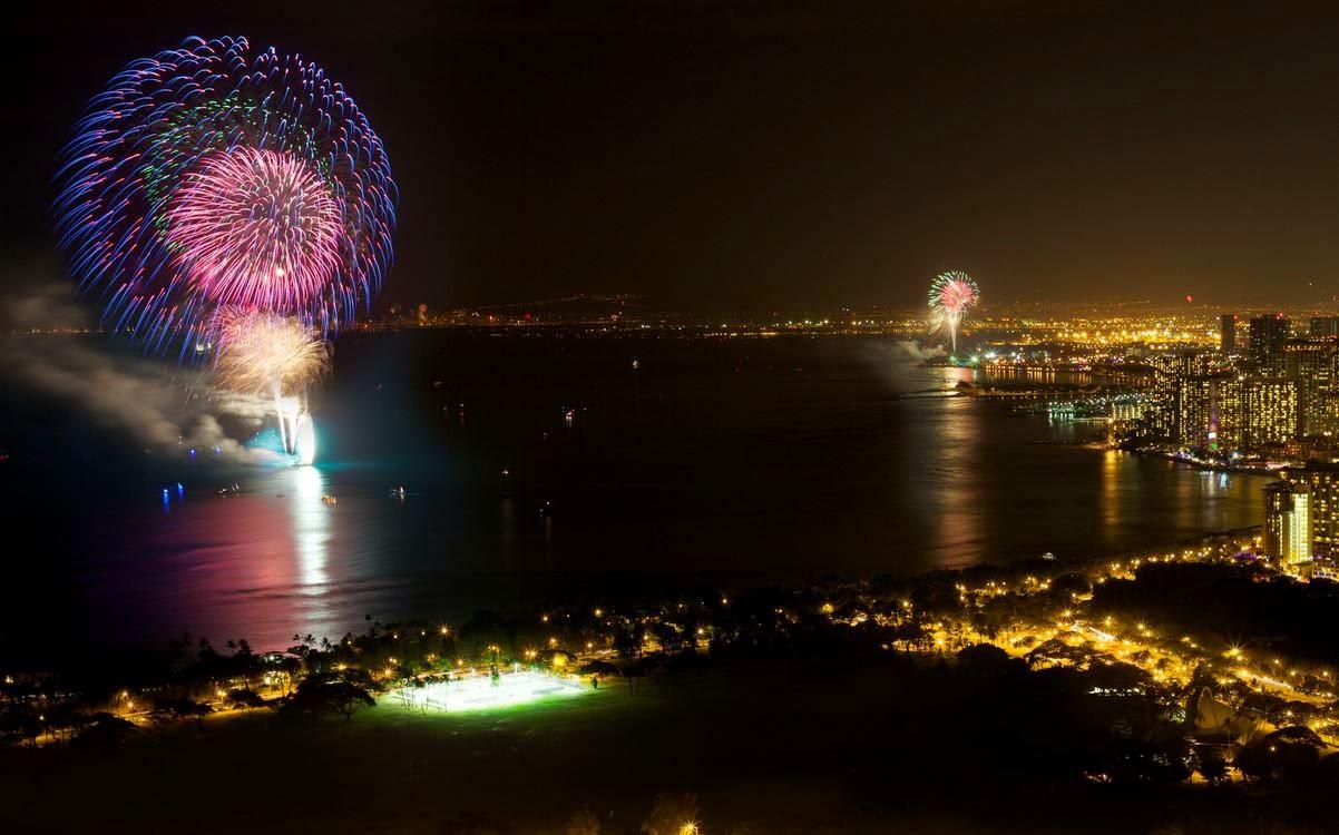 Fireworks on the beach Waikiki in Honolulu, Hawaii