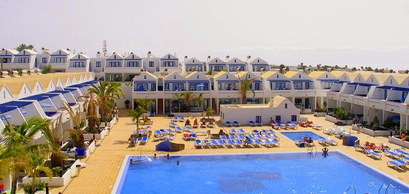 Hotel Cinco Plazas in Puerto del Carmen is one of our top sellers in Lanzarote