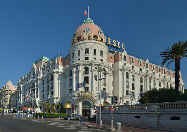 Hotel Negresco Nice where to stay