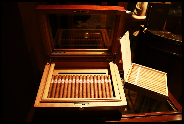 precious packaging of cuban handmade cigars