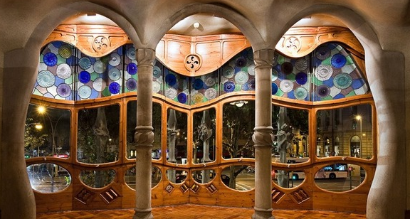 the fairy tale Casa Battlò in Barcelona