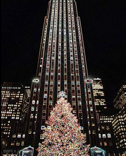 christmas tree at rockfeller center new york city