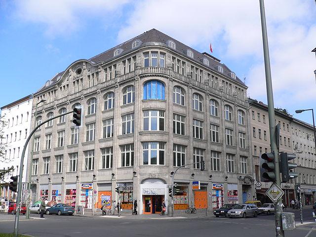 kreuzberg oranienstrasse in berlin