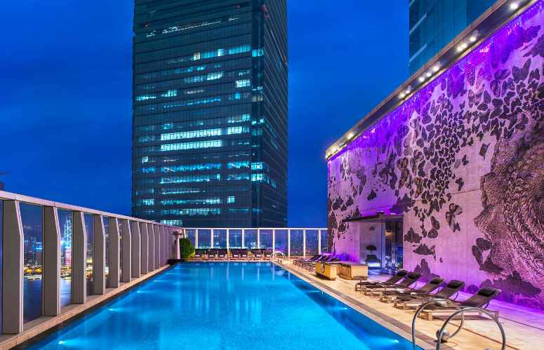 W Hong Kong Hotel: 76th floor pool, 692 feet above ground