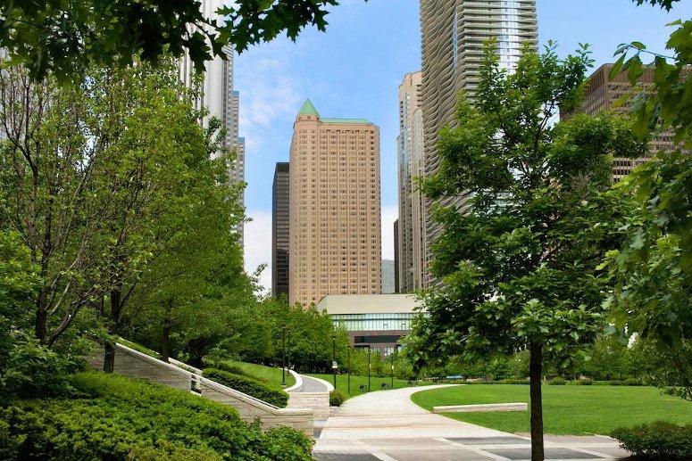Farimont Chicago Millennium Park