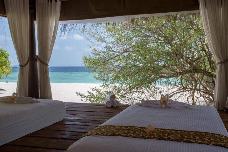 Malahini Kuda Bandos Resort, Malé, Maldives