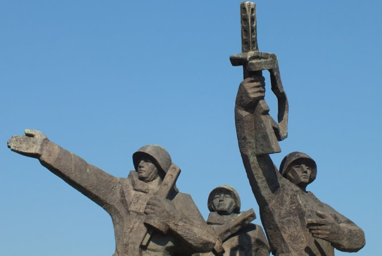 Victory park in Riga: Victory Memorial to Soviet Army.