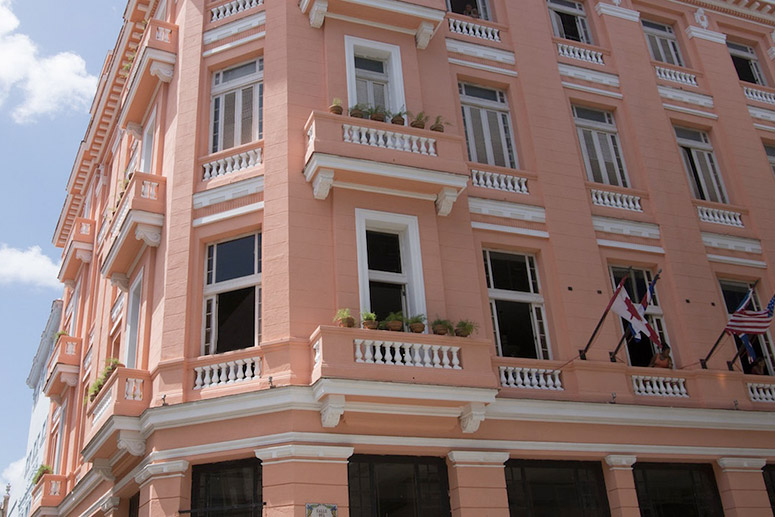 Most Haunted Hotels: Ambos Mundos Hotel, Havana