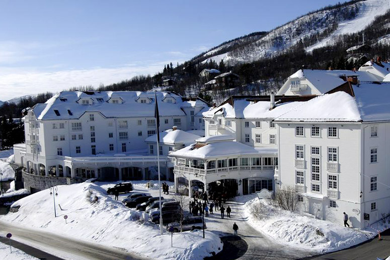Most Haunted Hotels: Dr Holms Hotel, Geilo - Norway